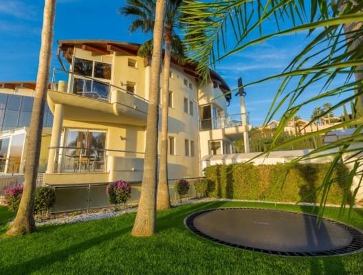 Villa Los Flamingos 2 Marbella villa Trampoline