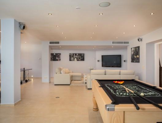 Villa Marco Marbella luxury villa games room