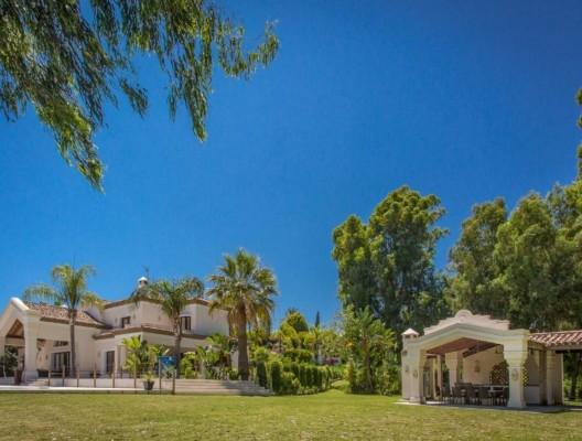 Villa Monterey luxury Marbella villa gardens