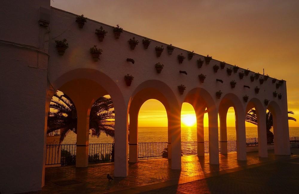 sunset balcon de europa