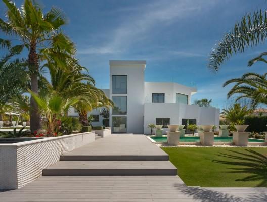 1 Villa Bacchus luxury modern villa rental Puerto Banus