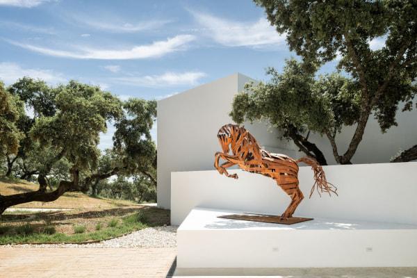 large rusty horse sculpture