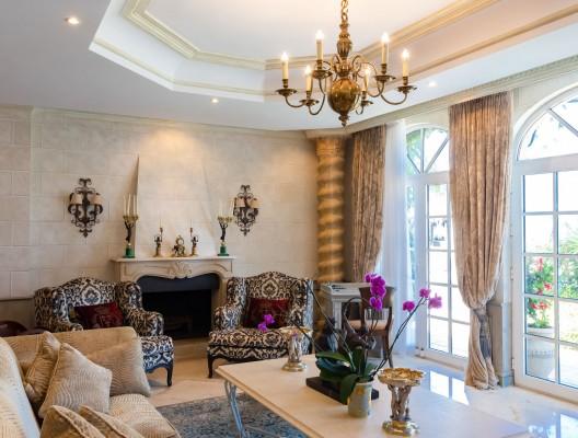 Villa Andrea luxury platinum villa Marbella master suite