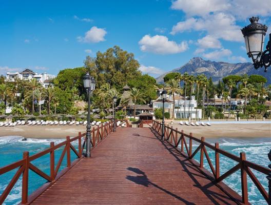 Villa Los patios luxury beach villa promenade