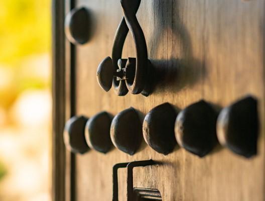 Villa Matisse luxury villa La Zagaleta Antique door