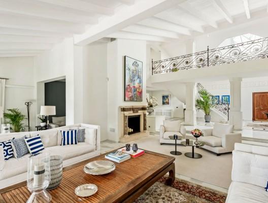 2 Villa Oceane Luxury Villa Marbella lounge to entrance – Copy