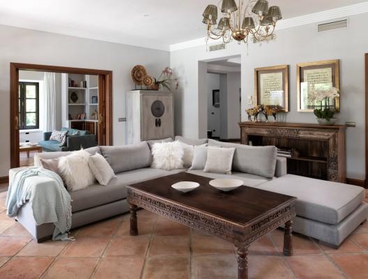 Villa Luciano Luxury Villa Marbella luxurious interior lounge
