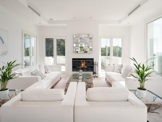 2 Villa Nido luxury villa Gaucin modern living